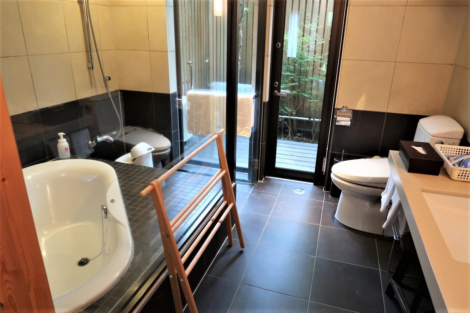 お風呂とトイレはホテルの様